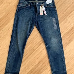 NWT Uniqlo Jeans - Relaxed Skinny Fit - 32
